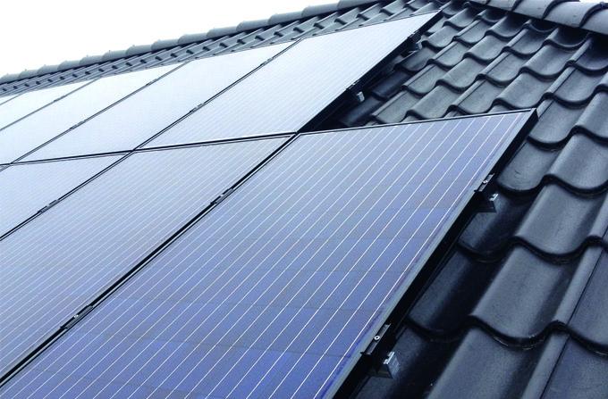Få opsat solcelleanlæg af elektriker